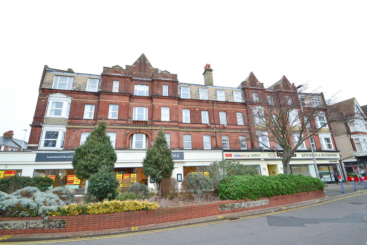 2 Bedrooms Flat for sale in South Street, Eastbourne